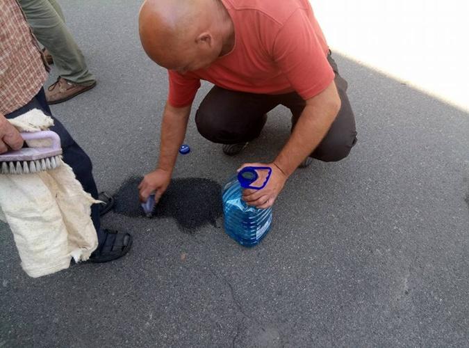 Дворников заставили смыть надпись о Шеремете под зданием МВД