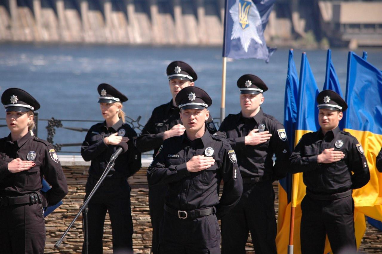 Назад в 90-е! Грабители средь бела дня обнесли одессита. Где же полиция?