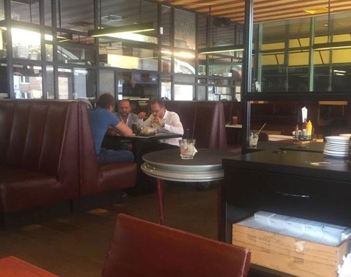 Ресторанная неприкосновенность: как обедали два скандальных депутата