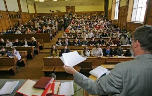 Недоступное образование: из-за кого бюджетники не могут поступить в вузы