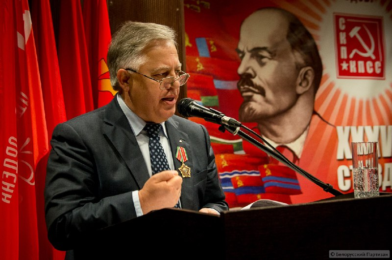После памятников Ленину решили декоммунизировать и самого Симоненко