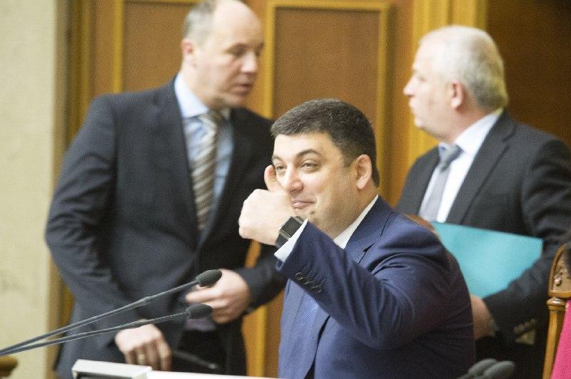 Проверку декларации Порошенко затягивает «уполномоченное лицо». Чье лицо — не называют