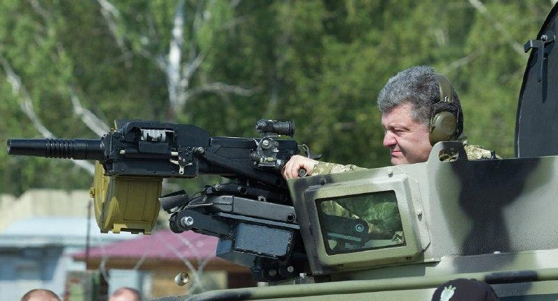 Пир во время чумы, или как украинских воинов и технику вместо войны на показуху послали