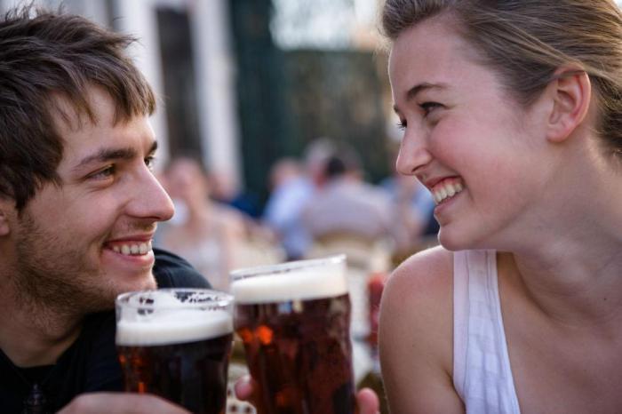 Хоть пить бросай! Оккупанты будут поить украинцев пивом. Готовы?