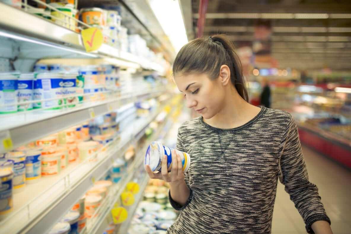 Купить продукты или оплатить газ: на что украинцы тратят большинство денег