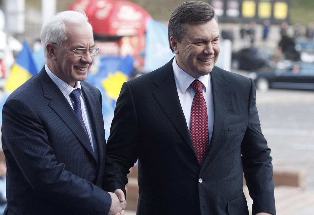 Янукович стал отцом: родился мальчик. Тоже — легитимный