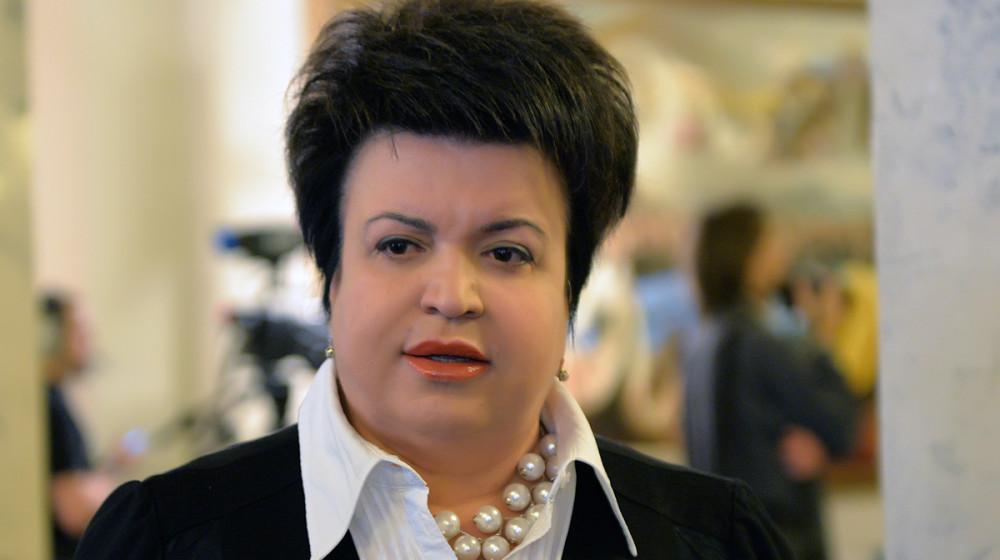 Кто бы мог подумать: что известно о депутате, которая боится, что простые люди объедят ее в депутатской столовой