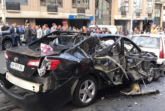 Все было в крови. Пришел домой и выпил стакан водки: рассказ мужчины, который спас ребенка из взорванного авто в Киеве