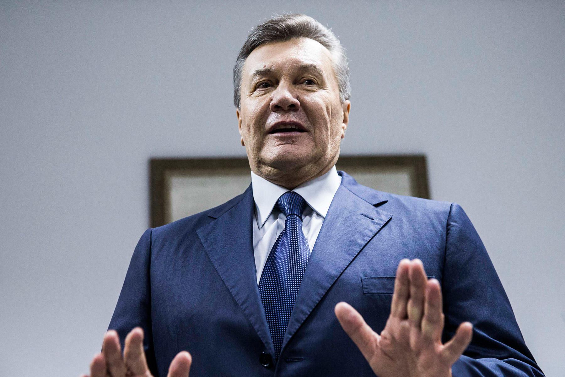 По стопам Януковича: на Киевщине депутат перепутала украинских поэтов