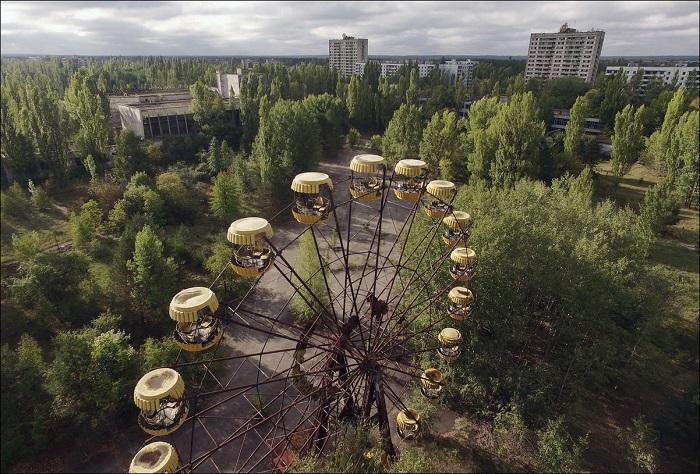 Знаменитое колесо обозрения в Припяти заработало