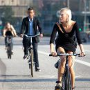 В пятницу киевлян призвали пересесть на велосипеды. Ждем пиар от чиновников