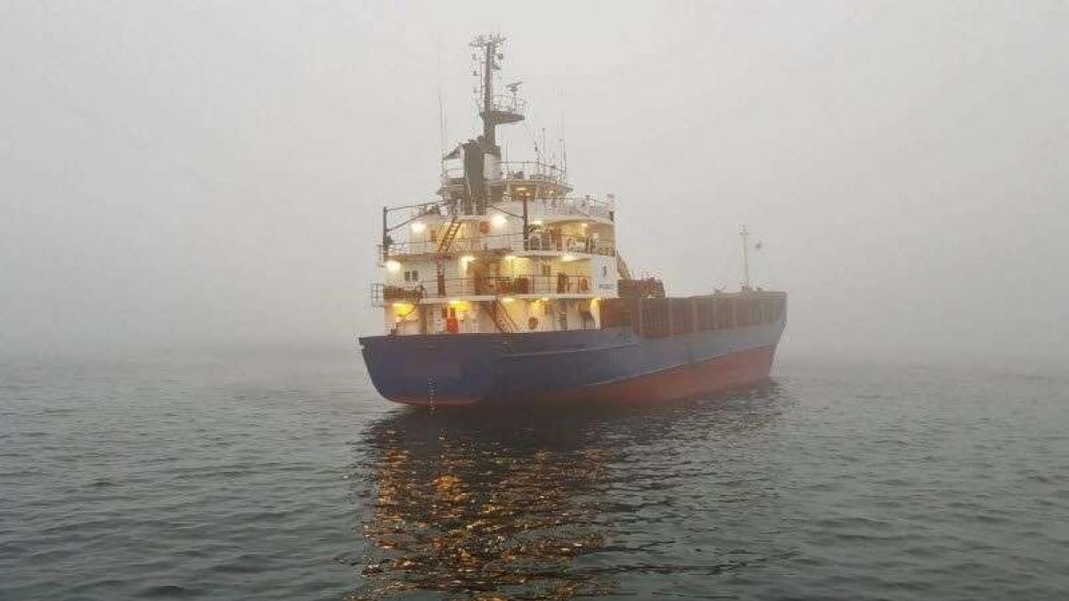 Российские штурман и капитан напились и посадили корабль на мель в водах Швеции