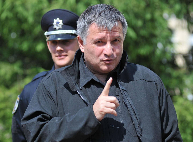 Срочная информация: Аваков и «побратимы» готовят переворот и свержение Порошенко
