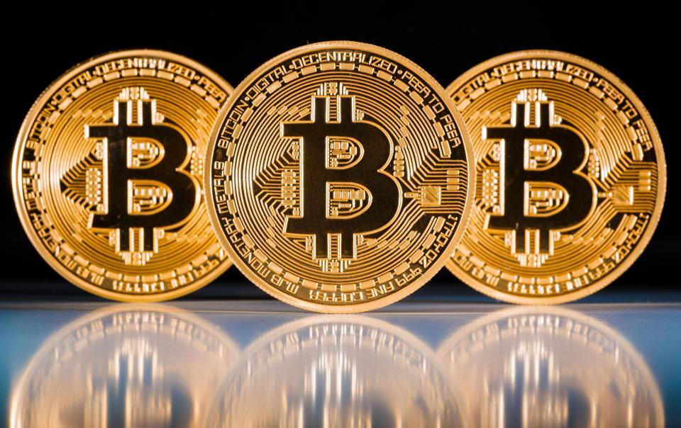 Bitcoin резко обвалился. Такое произошло впервые