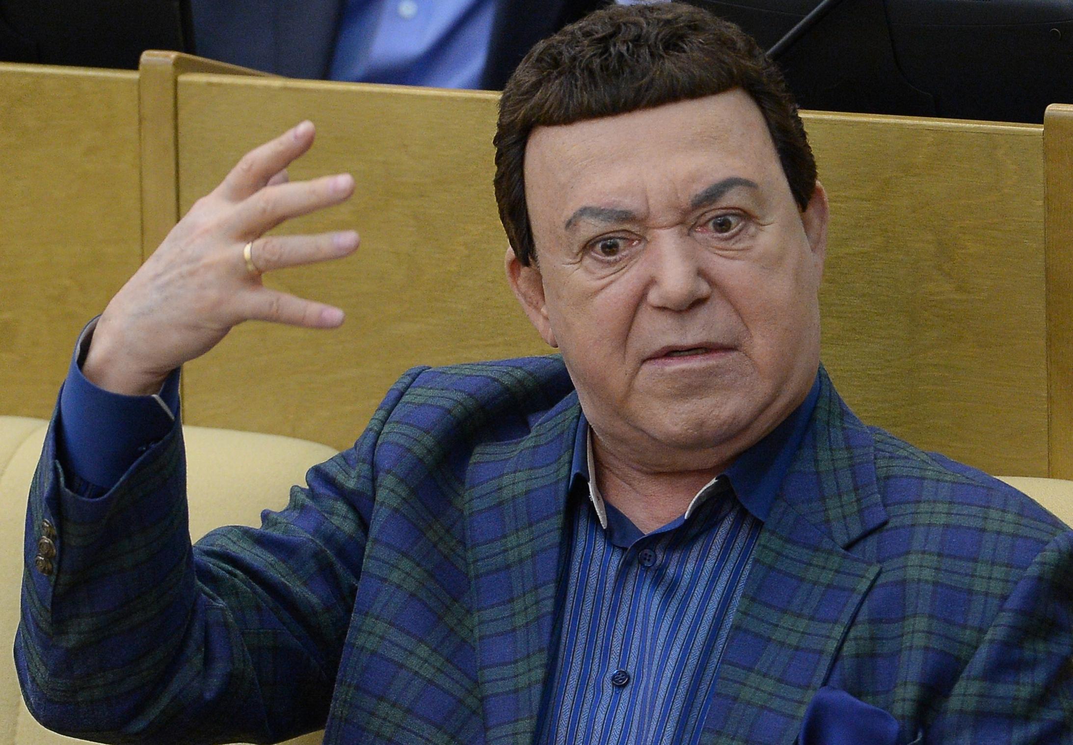 """Кобзон приехал в """"ДНР"""" и получил истинное наслаждение. Угадайте, что ему подсунули"""