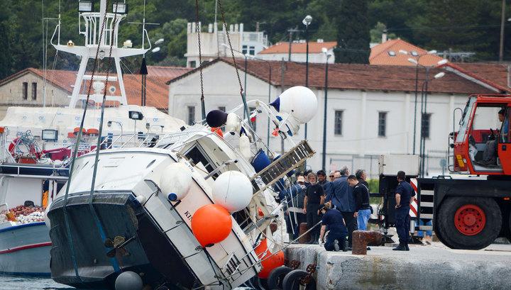 ДТП по-китайски: яхта «прилетела» в магазин, есть жертвы