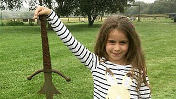Мировая сенсация: в Англии нашли меч короля Артура