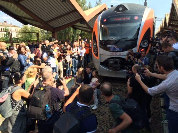 Место прорыва: прямая трансляция «вторжения» Саакашвили в Украину
