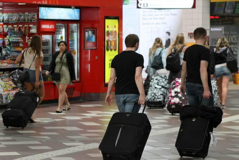 Польский министр признала: украинцы все чаще уезжают на заработки