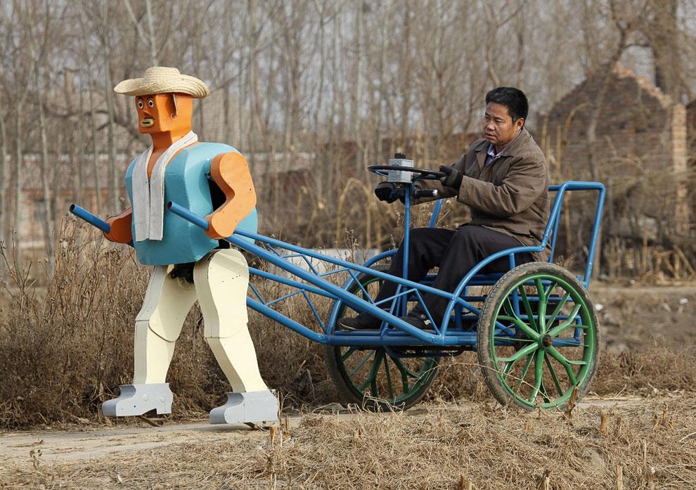 Лень-двигатель прогресса: в Великобритании испытали роботов-фермеров
