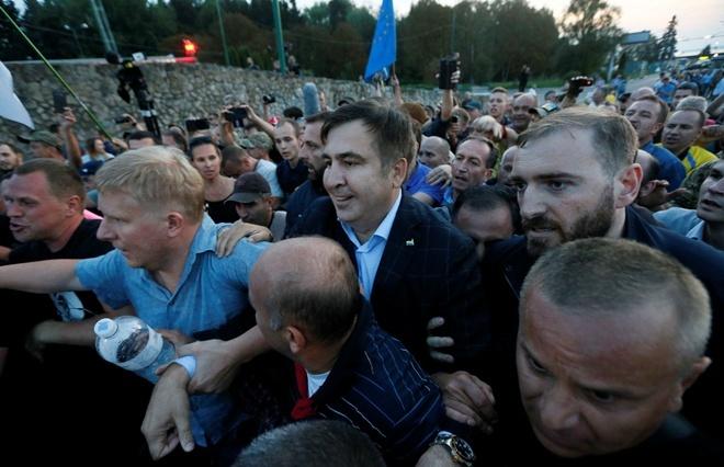 Депутат БПП не выдержал: скандал с Саакашвили – это маразм власти и на это есть гребаная причина