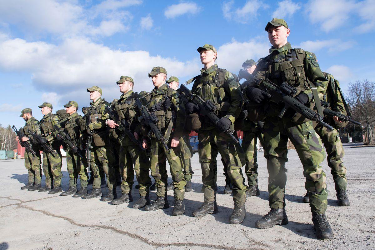 СРОЧНАЯ НОВОСТЬ! Военным дали приказ стрелять в людей