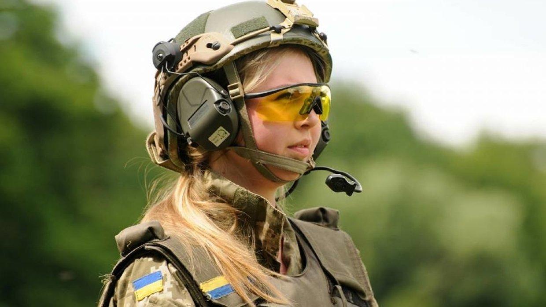 Пока в Калиновке рвались снаряды, в Минобороны думали о… женских трусах