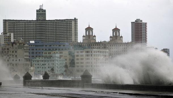 По следам урагана «Ирма»: погодный ужас накрывает США
