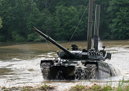 Форсирование Днепра-2017: как танки преодолели водную преграду