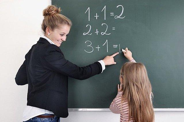Кардинально не хватает учителей. Министр пожаловался на дефицит педагогов в средних школах