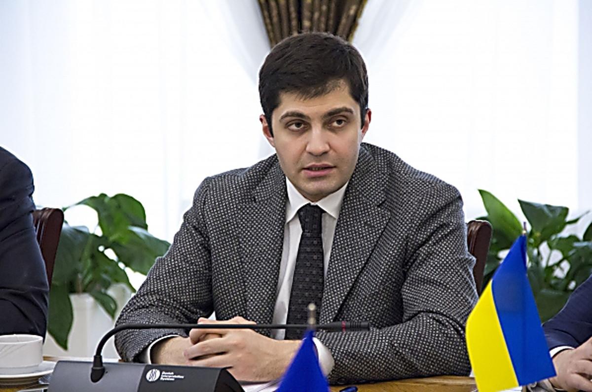Достало: в Украине постоянно кого-то или что-то взрывают