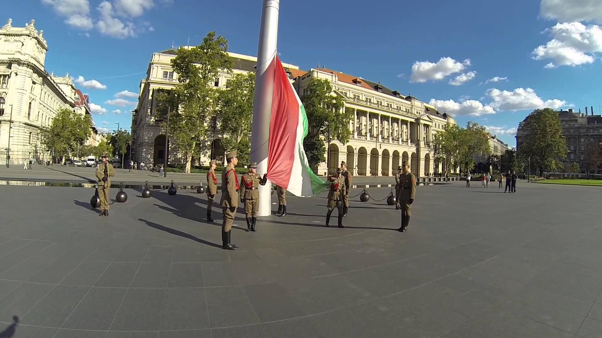 Вот это поворот: Орбан рассматривал возможность применения венгерской армии на территории Украины