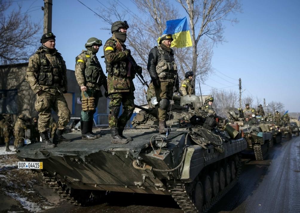 ВАЖНО! Войска на Донбассе отдают новому командующему! Что-то намечается