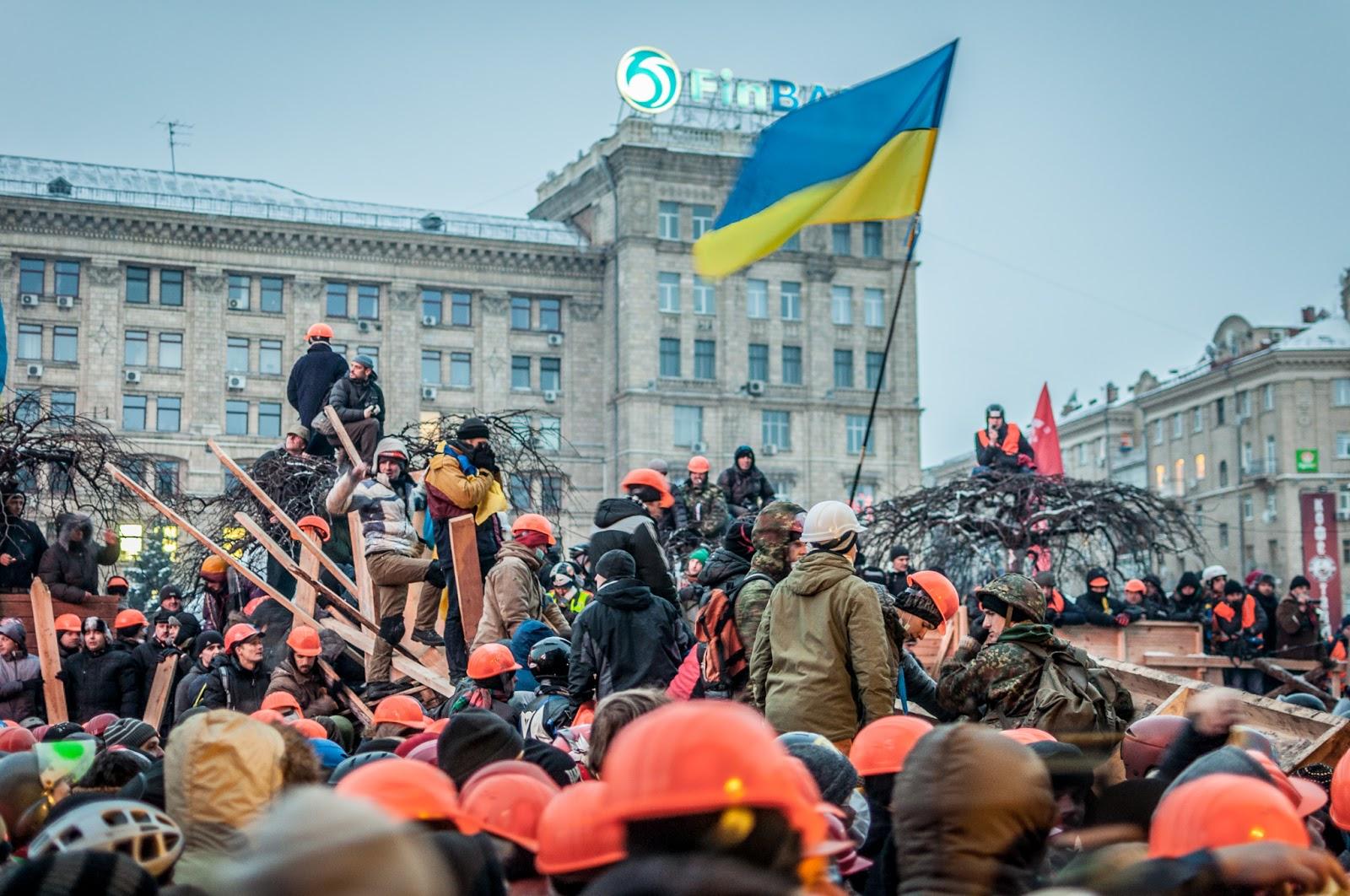 ВИДЕО: На Майдан идет подкрепление со всех регионов! Узнайте, что происходит в Киеве