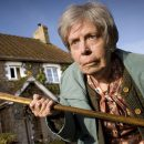 ЖЕСТЬ! Охранник музея изнасиловал самую старую бабушку. Она под ним рассыпалась!