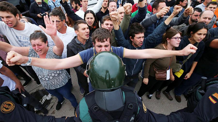 ВОТ ЭТО МАЙДАН! Каталония на грани убийств и расстрелов. Что происходит?