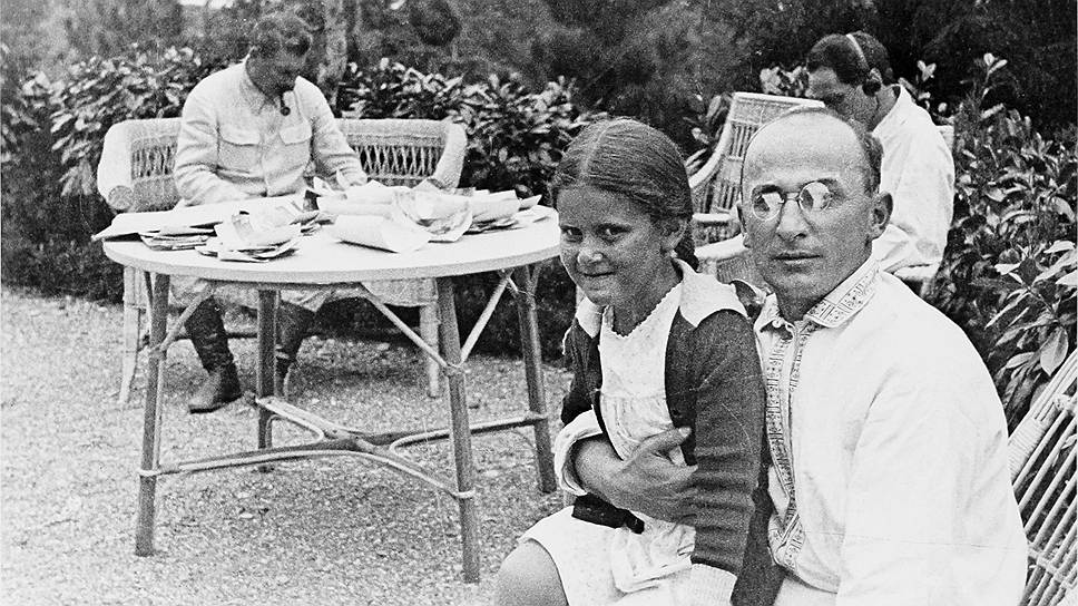ШОК! Главный педофил и насильник СССР: кто стал роковыми женщинами Берии?