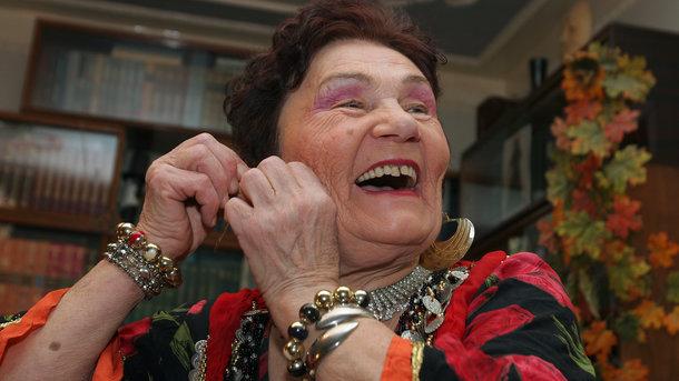 Спасибо Гройсману! Родителям подняли пенсию: старики от души посмеялись, — журналист