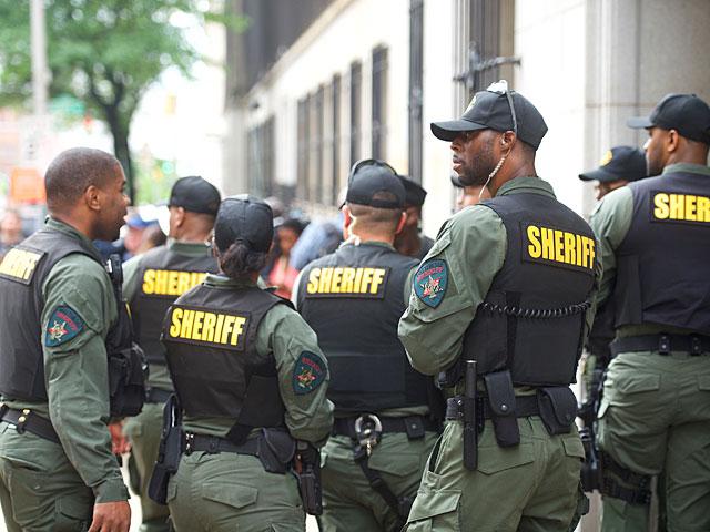 ШОК! Американцы в ужасе: уличная перестрелка со множеством раненых!