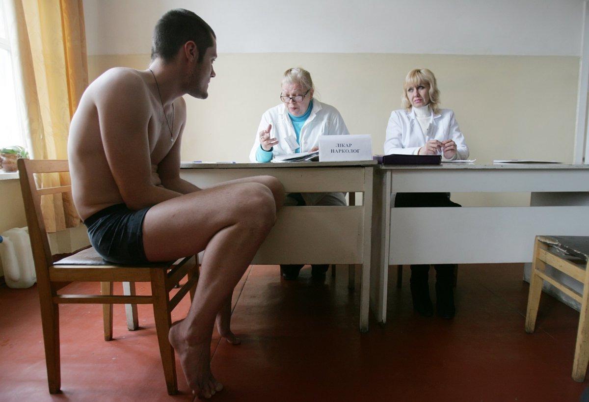 Выбираем: военкомат или тюрьма. Сотни тысяч повесток разлетелись по Украине