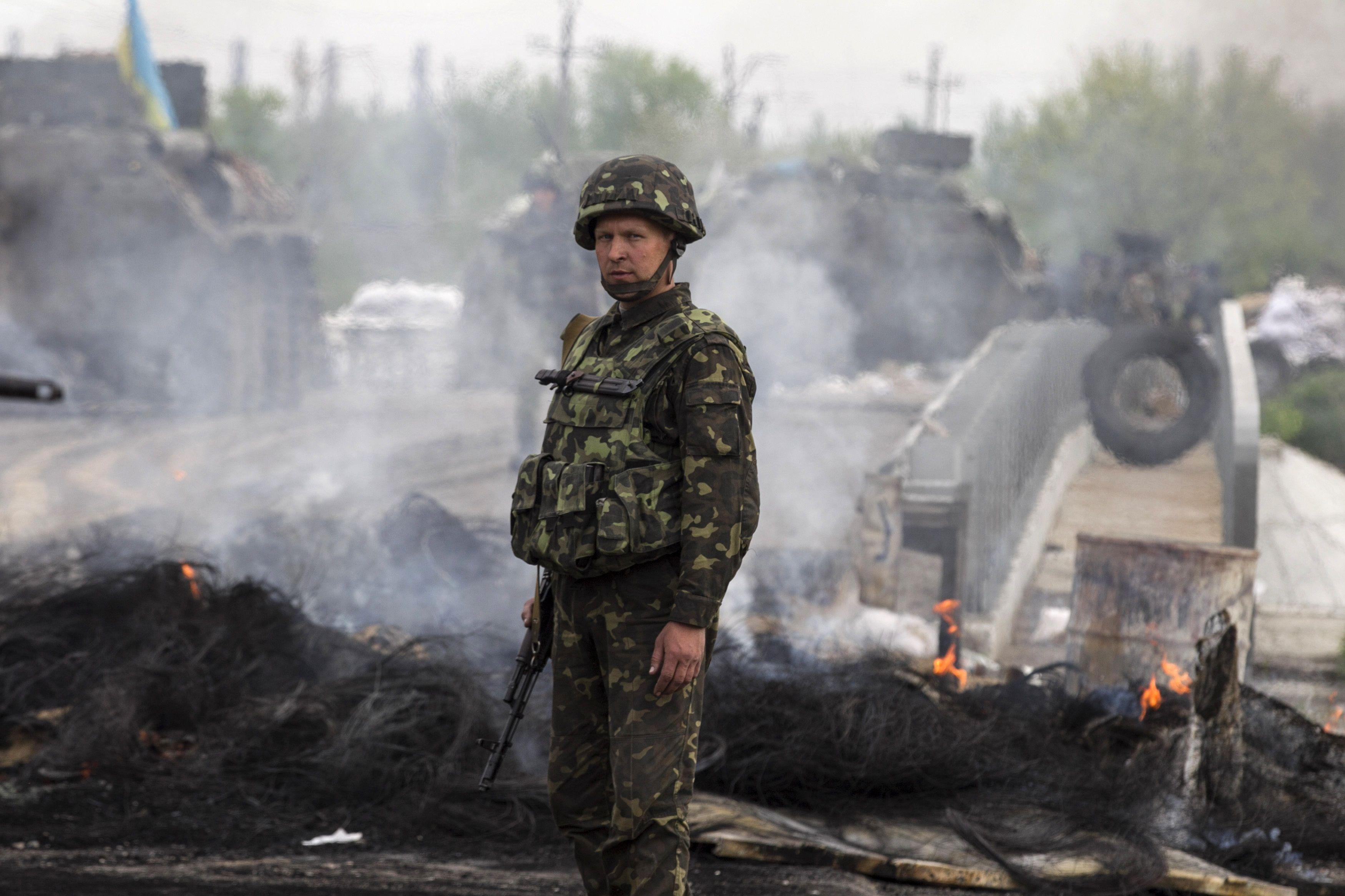Тяжелые бои в АТО: на руках боевиков кровь еще 3 украинских воинов