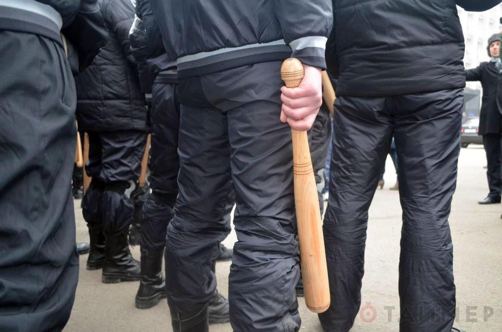 В Харькове все жарче: в кабинет к следователю ворвались 50 неизвестных