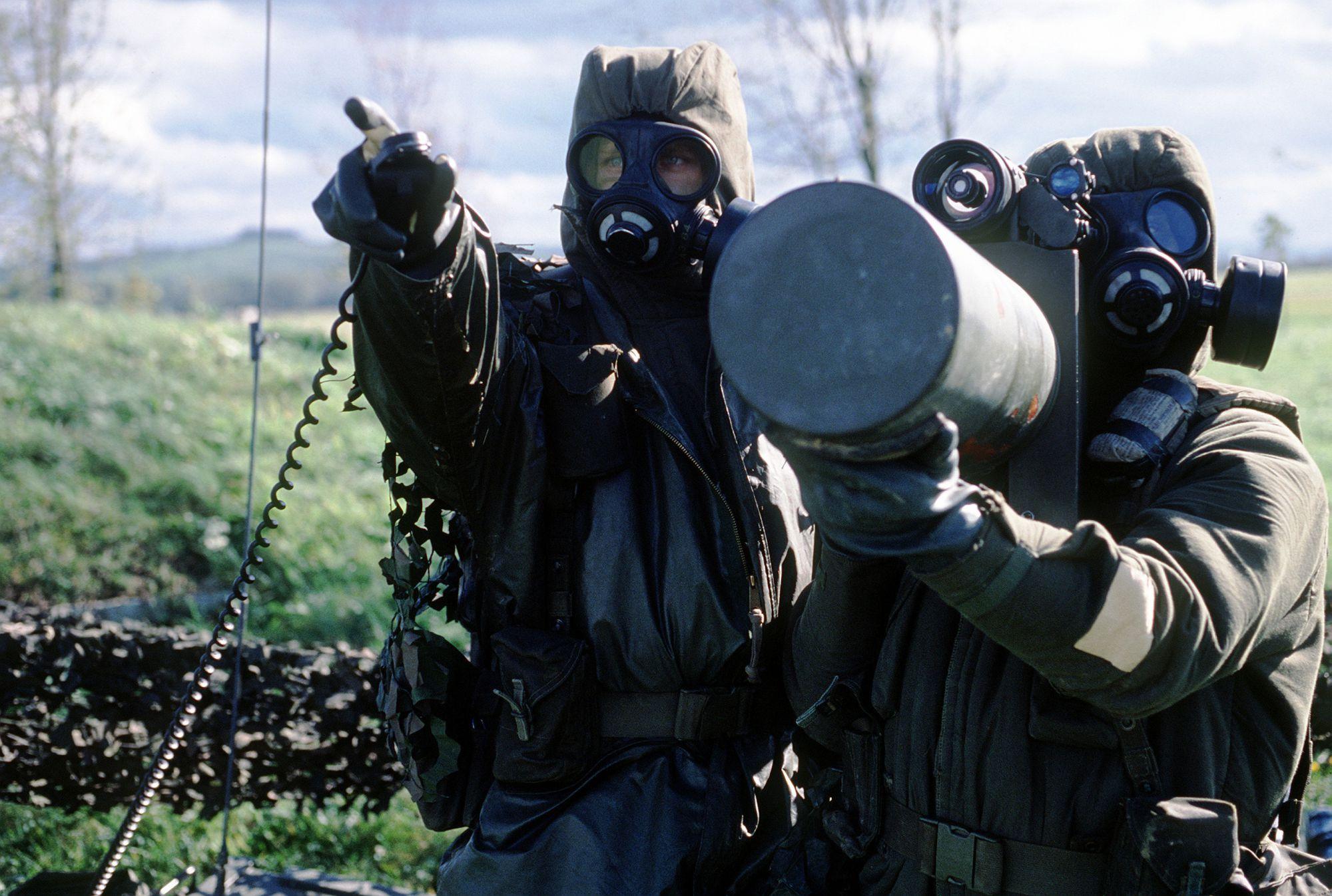 Люди в форме, масках и с оружием. Что происходит на Запорожской АЭС