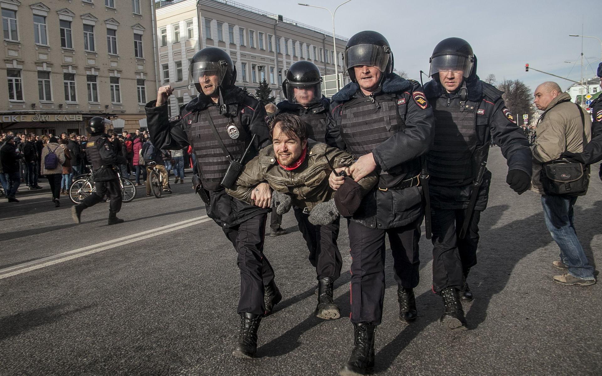 Беременные революцией. Когда в России разразится бунт?