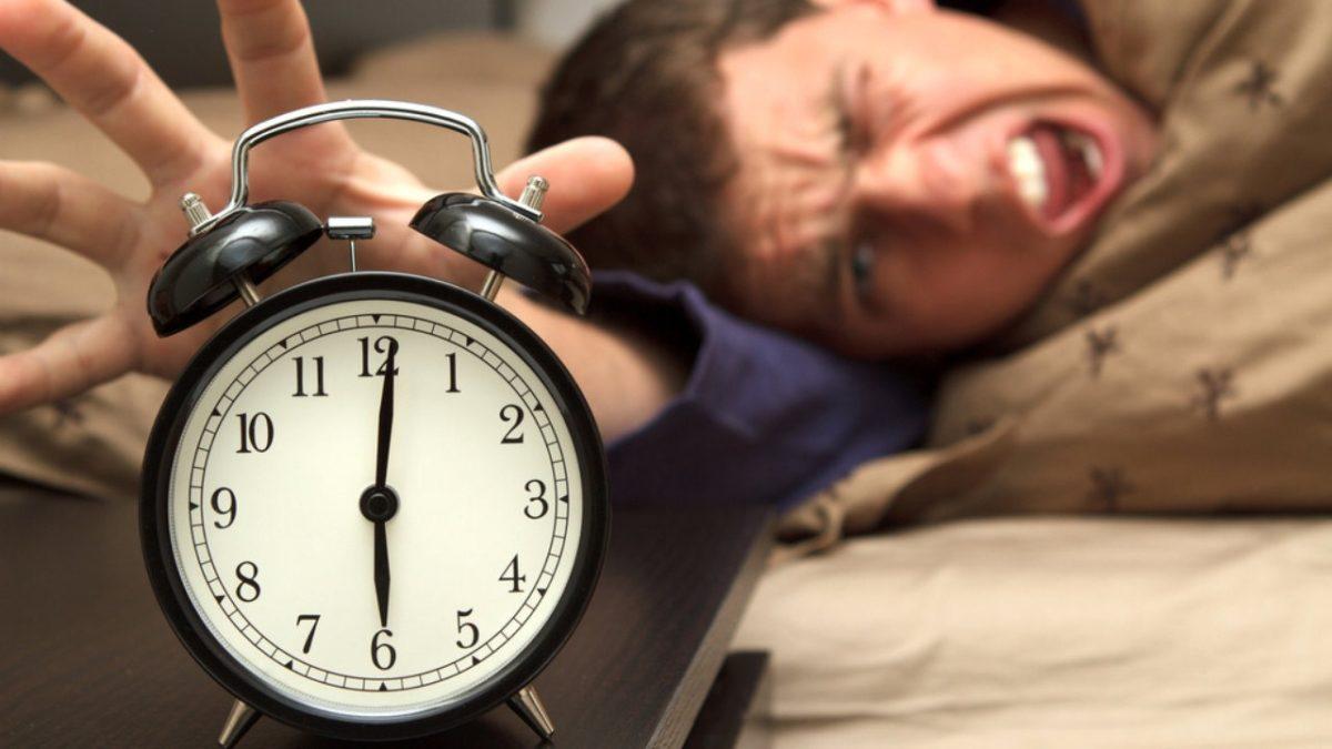 Серьезная угроза здоровью: чем опасен перевод часов