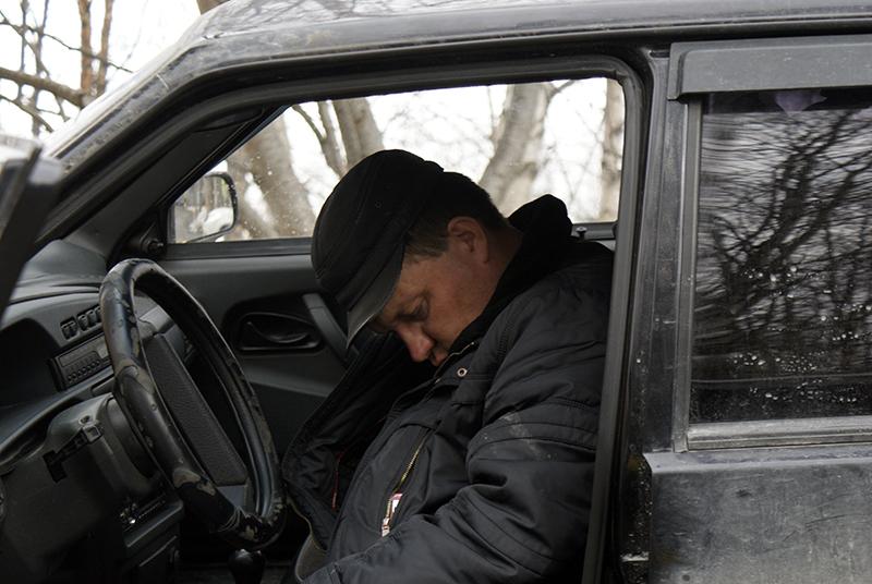 ШОК! В Киеве пьяный водитель сбил женщину, а потом уснул за рулем