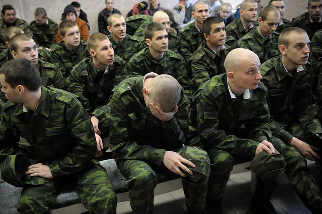 СЕРЫЙ ОКТЯБРЬ: снова призыв в армию. Кого заберут, куда отправят