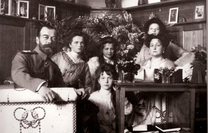 Вы этого точно не знали! Следователь не выдержал и раскрыл детали убийства Николая II