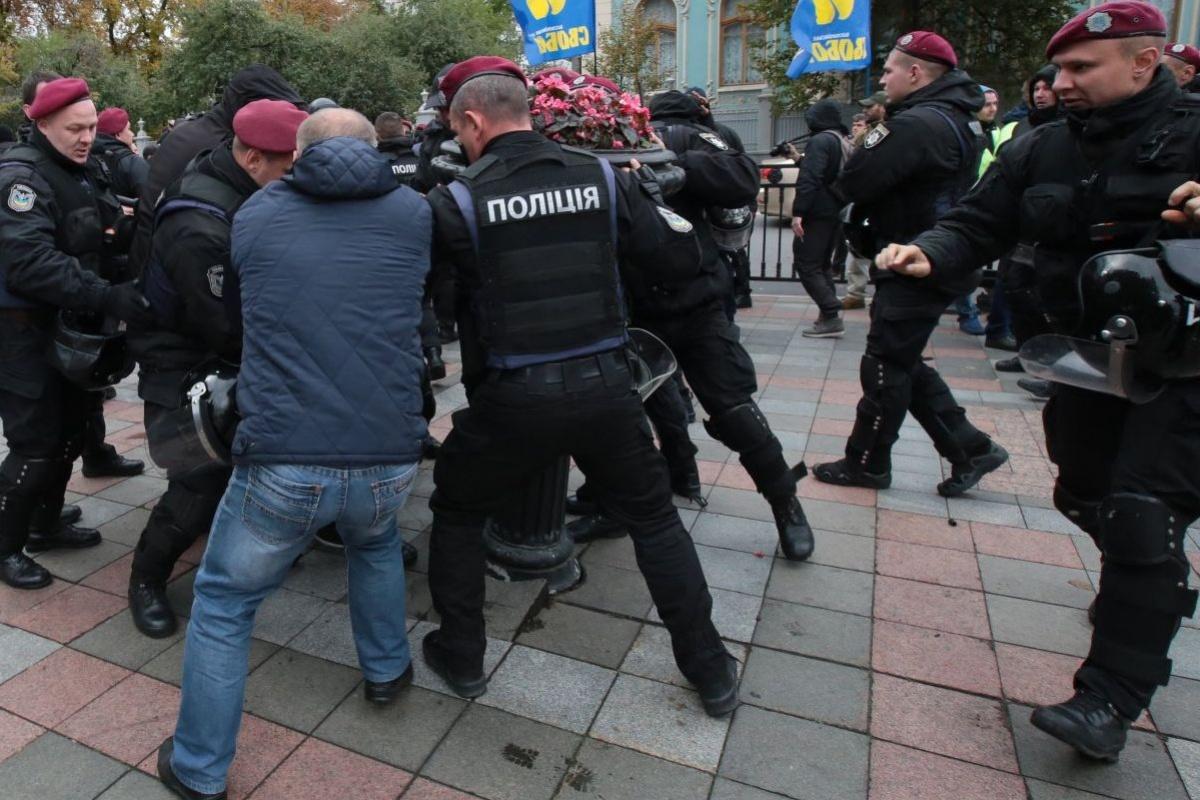 """ВАЖНО! Полиция начала задержания журналистов. Свобода слова """"рулит""""?"""