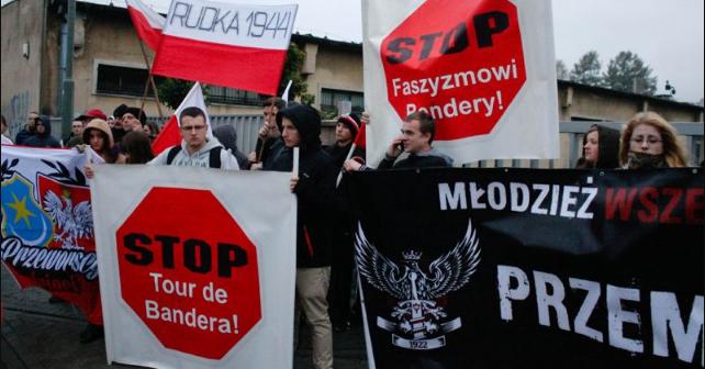 СКАНДАЛ! Польша уже мстит Украине. Договорняк с Кремлем